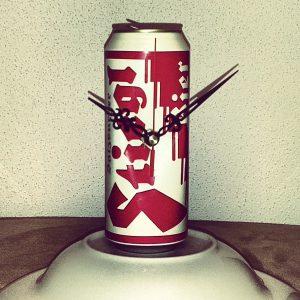 DIY Uhr aus Bier Dose
