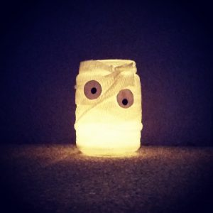 DIY Mumie Lampe - Halloween Deko