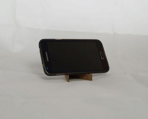 DIY Smartphone Standfuß aus Karton – Upcycling