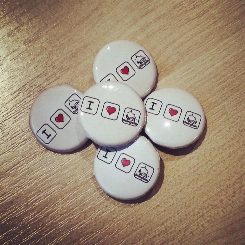 badge button fabrik kreativ blog diy gadgets. Black Bedroom Furniture Sets. Home Design Ideas