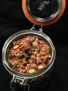 DIY Granola Müsli (c) sweetsandsewings