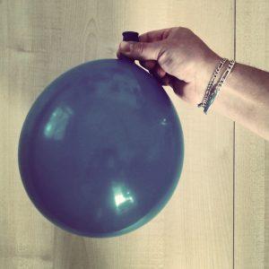 Handy Hülle aus Luftballon - DIY
