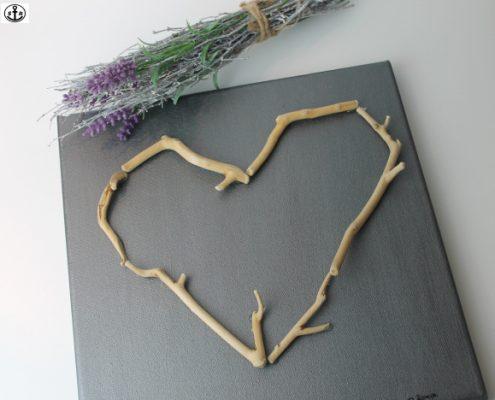 DIY Herzbild aus Treibholz (c) sansanrebecca
