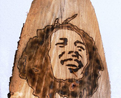 Holzkopf Skulpturen