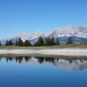 Bergsee St. Johann in Tirol mit Wilden Kaiser