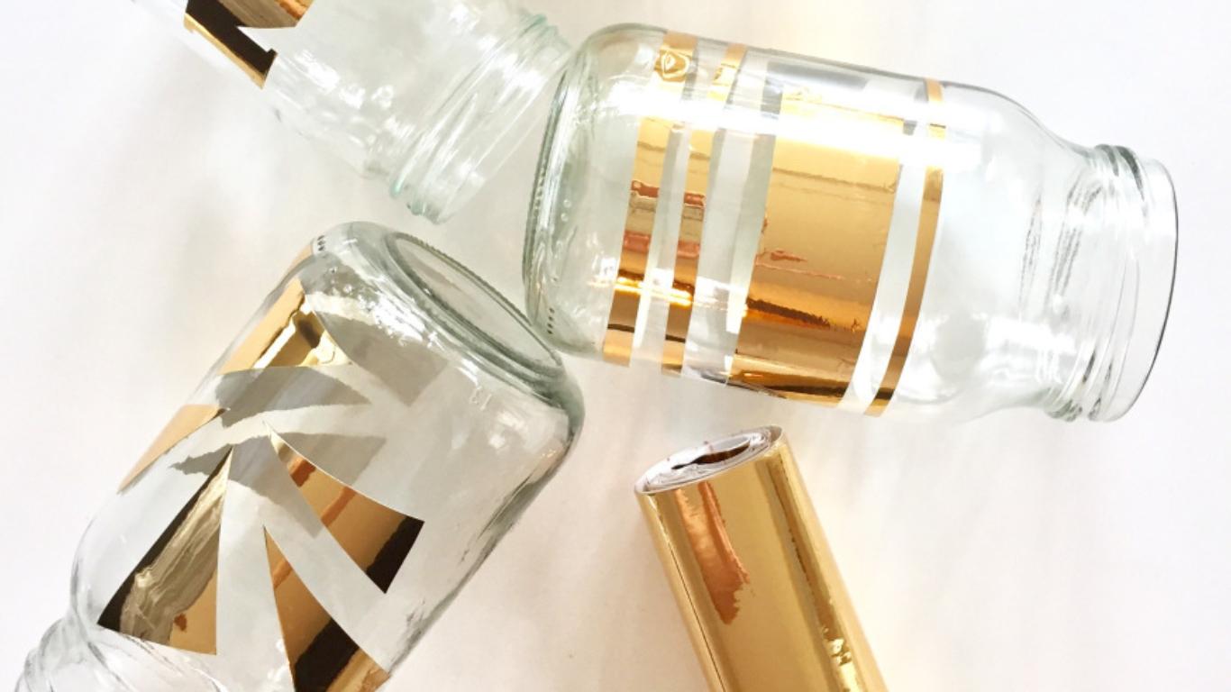 verzierte einmachgl ser mit goldfolie kreativ blog diy. Black Bedroom Furniture Sets. Home Design Ideas