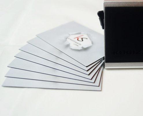 Kugiz Kartenetui mit Geldclip