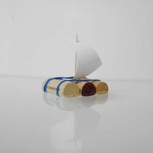 Schiff aus Weinkorken