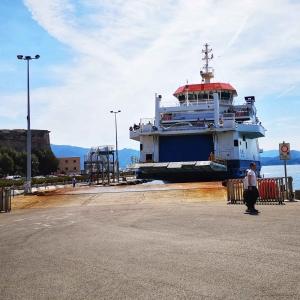 Mit der Fähre auf Elba