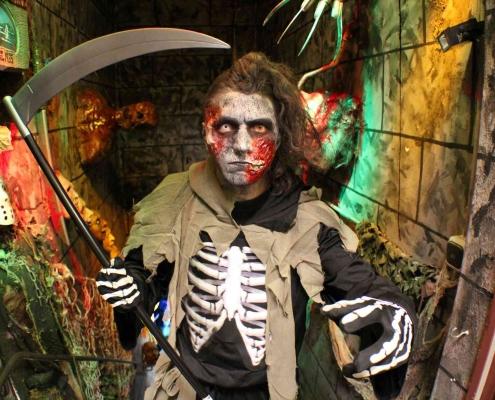 Horror-Shop.com - Kostüme, Masken und Halloween Deko