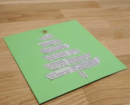 Weihnachtsbaum Karte aus Zeitungspapier