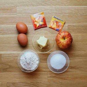 Einfacher Kuchen mit Früchten - Zutaten