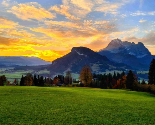 Abendrot im Herbst mit Wilder Kaiser - Kirchdorf in Tirol
