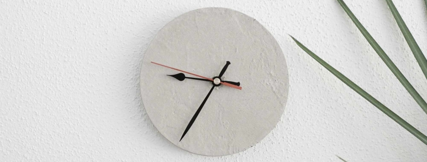 DIY Uhr aus Beton